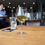 ポロポロ - ワイン2杯セット(1000円)の白