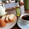 開田のポッポ屋 - 料理写真:贅沢な場所・時間・パン&コーヒー