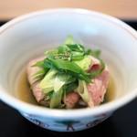 Shimogamosaryouhigashinohanare - 牛肉と九条ネギのしゃぶしゃぶ