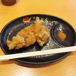 博多一幸舎 - ビッグ唐揚げ150円。