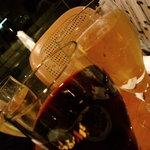 ブッフェダイニング クリスタル - 赤、白ワインあり、並々とどんどん量増える(笑
