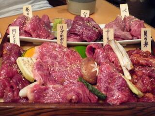 焼肉くにもと 新館 - これが「上等」(5000円)!!美しいお肉達♪