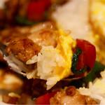 タイ料理 アジアンダイニング ワルンプアン サタニー - ガパオライスリフト
