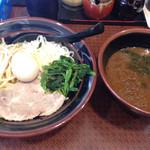 横浜家系ラーメン 府中家 - つけ麺