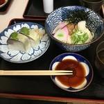 51575728 - 冷たい「梅のおうどん」&「鯖寿司」♪♪
