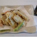 牡蠣三味 - 牛タン天ぷら野菜三昧