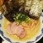 Menyafukutohachi - 麺や 福十八@本郷三丁目 のりらあめん