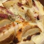 サイゼリヤ - 新じゃがのチーズグラタン 399円