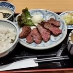 51583675 - なとり 北戸田店 厚切りたんなか定食1680円