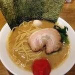 武松家 - 醤油豚骨ラーメン