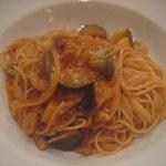 トラットリア・ミオ・フェリーチェ - パンチェッタとナスのトマトソース スパゲッティ
