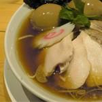 麺屋 薫風 - 綺麗な鶏チャーシューは柔らか!