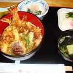 516661 - 天丼定食
