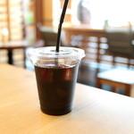 みろくカフェ・ベーカリー - アイスコーヒー 小 (250円) '15 12月下旬