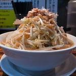 ラーメンつけ麺 笑福 - ラーメン大(野菜、カツオ増し)