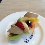 カフェ コム サ - 和素材のケーキ  きな粉味