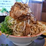 バリバリジョニー - バリジロー(大盛、ニンニク抜き、野菜マシ)