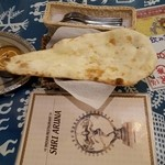 Indian Restaurant Shri Aruna - ナンが大きい!