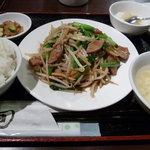 5161046 - 2010/9 ニラレバ定食680円