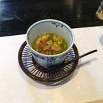 和食 了寛 - 雲丹と青海苔の茶碗蒸し。