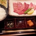 51612248 - 焼肉定食 上(16-05)