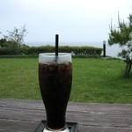 海のイスキア - 縁側で水出しコーヒー。