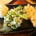 本格手打 いわしや - 天ぷら(たまご、春菊、鳥天)