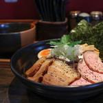 麺者すぐれ - 2016年5月再訪:つけ麺すぐれ 全部のせ☆