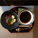 つぶらカフェ - お豆腐の白玉冷ぜんざい.ホットコーヒー.