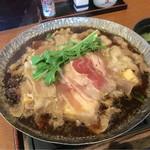 51618686 - 牛肉の下に豆腐や野菜類