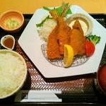 大戸屋 小田急向ヶ丘遊園店 - さっくり鯵フライ定食