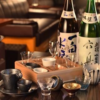日本酒には、酒盃が選べる気の利いたサービスも有り!