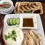 51625250 - 海南鶏飯と餃子(2016.05現在)