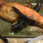 たまや食堂 - 料理写真:おまかせセットの焼魚 3種類も✨