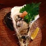 かんべえ - 大きい岩牡蠣を酢牡蠣で^_^