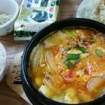 金山 - 料理写真:スン豆腐チゲランチ