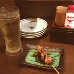 筑前屋 - ホッピー(白)/鶏ねぎま(タレ)