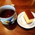 松翁軒 本店 - 紅茶と併せて