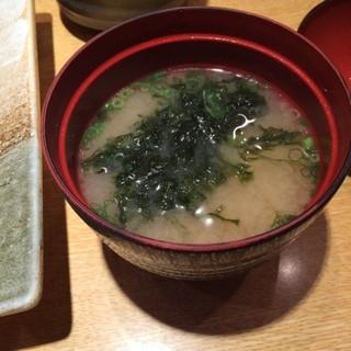 魚力海鮮寿司 ルミネ大宮店 - 味噌汁。