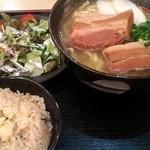 おきなわ亭 - 三枚肉でかっ!