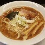 51652713 - 醤油らぁ麺 750円
