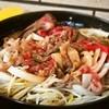 Sukiyakinabemononabeya - 料理写真:牛肉鉄鍋