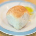 hayari - 2016.5 チャージ(500円)の朝捏ね自家製パン