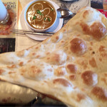 インド料理 レカリ - 見よ!このナンの存在感!圧倒的!