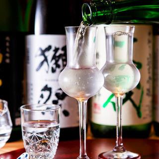 【日本酒にこだわる】+¥1000で地酒飲み放題実施中!!