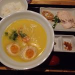 51659843 - 煮たまご鶏白湯らーめん 850円 (2016年3月)