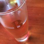 なんばワイン酒場 バルミチェ - ハイボール氷ナシやってくれました( ^ω^ )