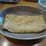 元祖武蔵野うどん めんこや - 2016-05-30_大判揚げ(100円):初めて食べました
