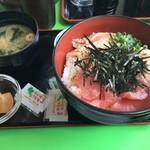 51665363 - 海鮮丼