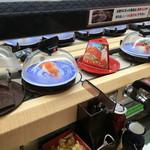 無添くら寿司 - みかんサーモン なるものあり1貫